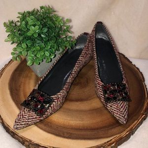 STUART WEITZMAN 5M Tweed Gemstone Pointed Toe Heel